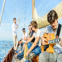 Sailing Experience & Gin Tonic On The Sea With Live Music (Pm)