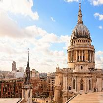 Panoramic tour of London with St Paul's Cathedral, Guard Change and Boat Ride