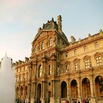 Mona Lisa and Best of the Louvre Express – Group tour with Official Guide and Free Time!