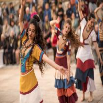 Minoan Night Experience With Live Dance, Dinner and Transfer