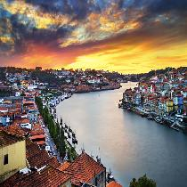 Porto City Tour Full Day with Transportation, Official Guide, Lunch, Cruise and wine tasting Private
