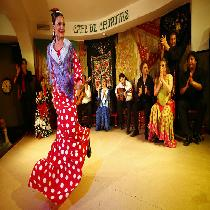 Flamenco Show At Café De Chinitas With Drink