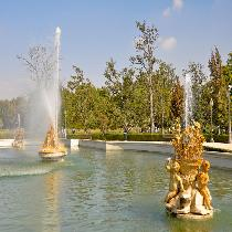 Royal Site Of Aranjuez with Official Guide, Entrance Fees and Transportation